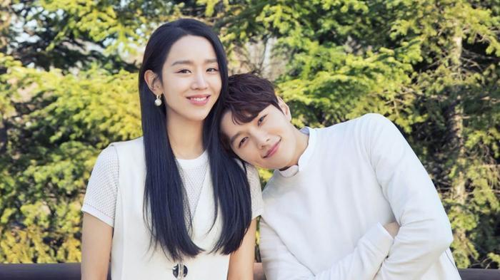 Trước loạt 'bom tấn' truyền hình đình đám, 'Sứ mệnh cuối của thiên thần' vẫn gây bão trên Naver, đứng đầu nhiều BXH tại Hàn.
