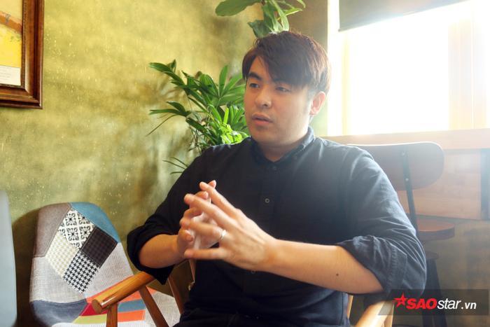 Lee Dong-jun mong các cầu thủ Việt Nam nên xuất ngoại để học hỏi.