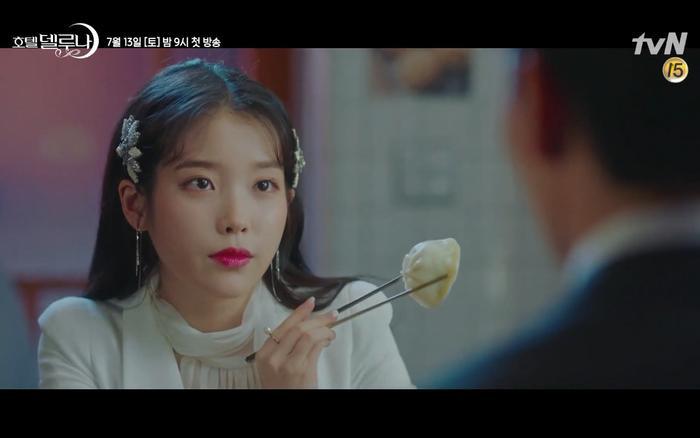 Phim Hotel Del Luna tung highlight ma mị, IU lột xác thành nữ cường chuyên bắt ma và bảo vệ Yeo Jin Goo ảnh 18