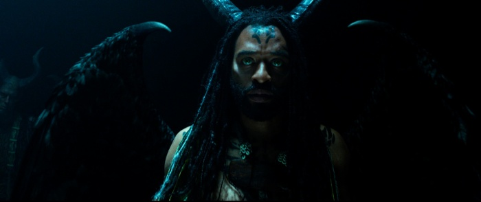 Chiwetel Ejiofor trong vai Connal