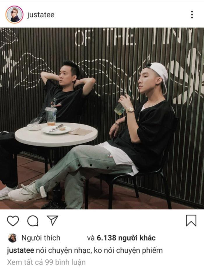 """JustaTee đăng ảnh chụp với Sơn Tùng cùng dòng caption: """"Nói chuyện nhạc, không nói chuyện phiếm""""."""