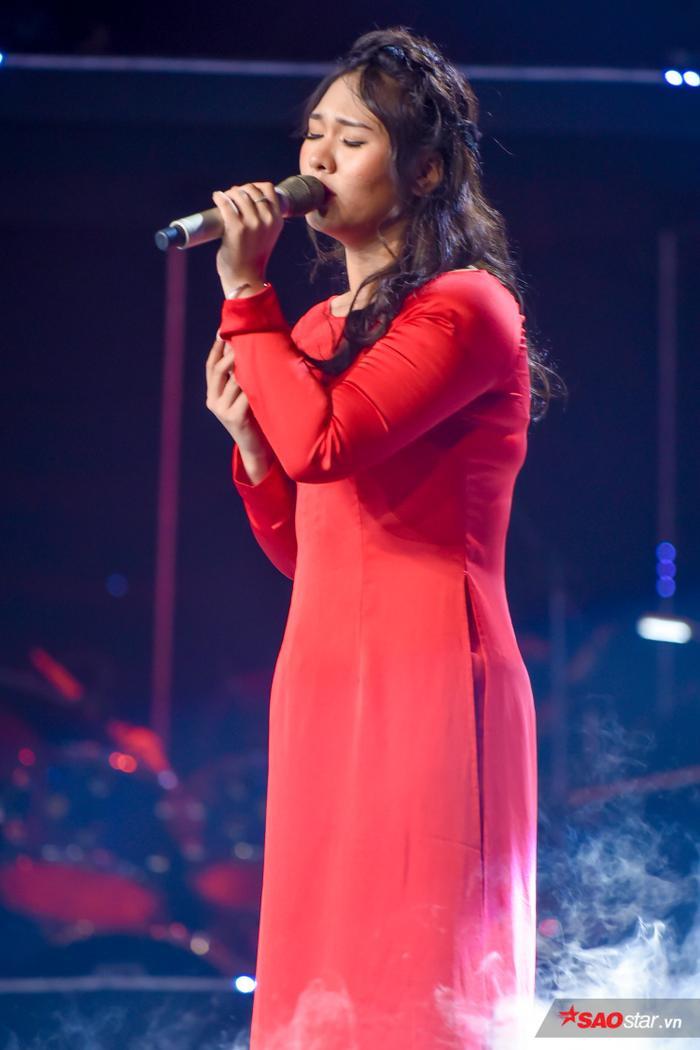 Diêu Ngọc Bích Trâm - cô gái sở hữu giọng hát nội lực nhất của đội Thanh Hà.