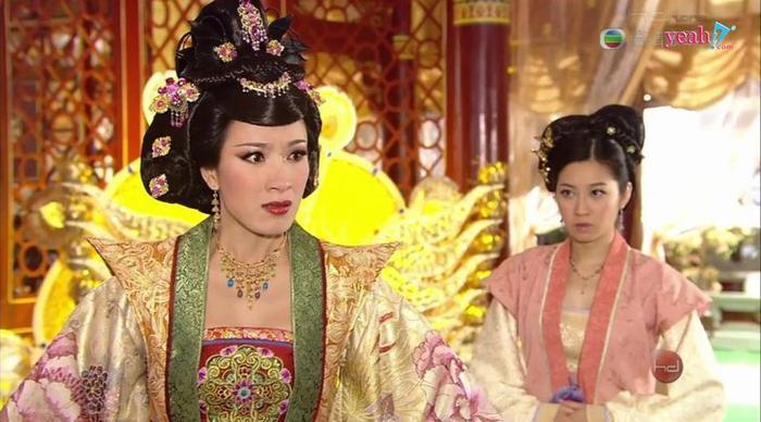 4 lần Dương Di khiến khán giả bị shock trên màn ảnh TVB: Diêu Kim Linh hay Lâm Tụng Ân điên hơn? ảnh 3