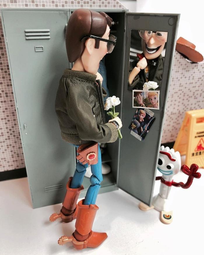 Để hình người yêu trong tủ luôn!