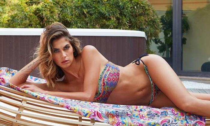Melissa từng được mệnh danh làHoa hậu sát cầu thủ ở Italia