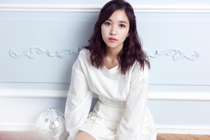 JYP Entertainment và Twice đã cùng thống nhất sẽ để Mina vắng mặt trong những concert sắp tới để đảm bảo sức khỏe cho nữ ca sĩ.