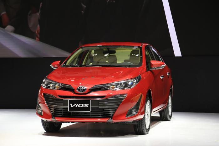 1. Toyota Vios - 12.451 xe:Toyota Vios trở thành mẫu xe bán chạy nhất Việt Nam nửa đầu năm 2019 với doanh số 12.451 xe. Tuy nhiên, so với cùng kỳ năm ngoái, lượng tiêu thụ Vios giảm 199 xe.