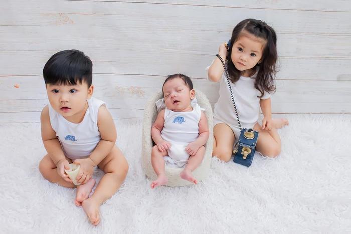 3 đứa con kháu khỉnh đáng yêu của Hải Băng và Thành Đạt