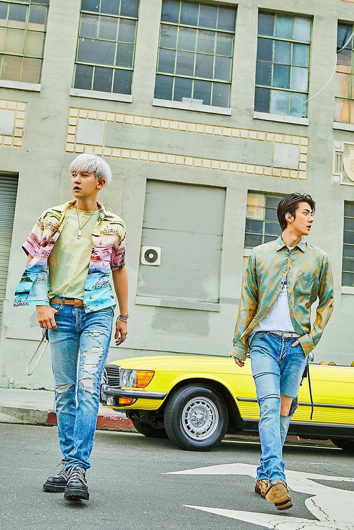 Hai anh chàng Chanyeol và Sehun.