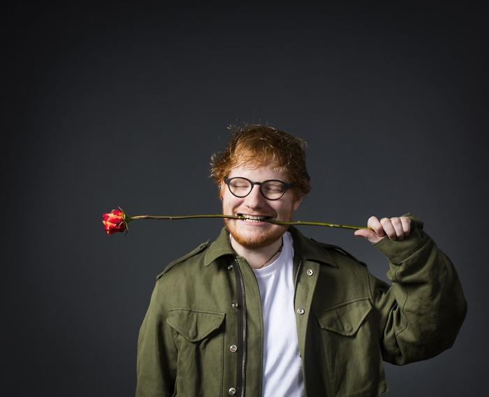 Cậu bạn thân của Taylor – Ed Sheeran cũng vinh dự lọt vào top 5 danh sách này.