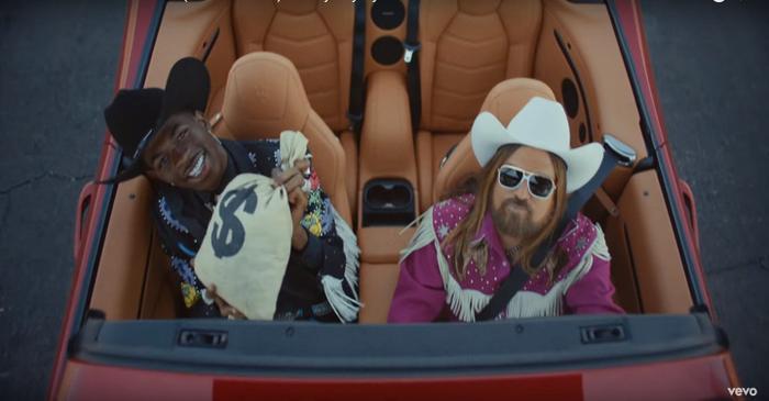 Lil Nas X đang bị ám ảnh bởi thành công của Old Town Road.