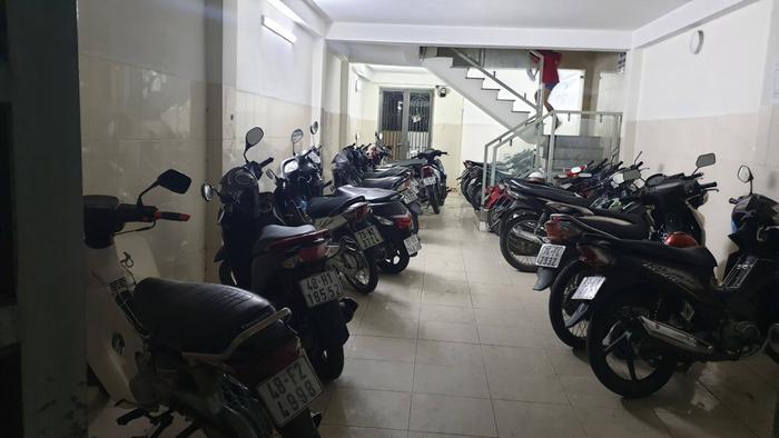 Căn nhà trọ nơi nhóm đối tượng đột nhập trộm 9 xe máy. Ảnh: Nhịp Sống Việt