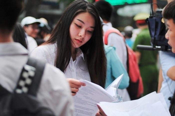 Theo quy định của Bộ GD&ĐT, thí sinh bị điểm liệt sẽ trượt tốt nghiệp THPT, đồng thời không đủ điều kiện xét tuyển đại học, cao đẳng năm 2019. Ảnh: báo Thời Đại