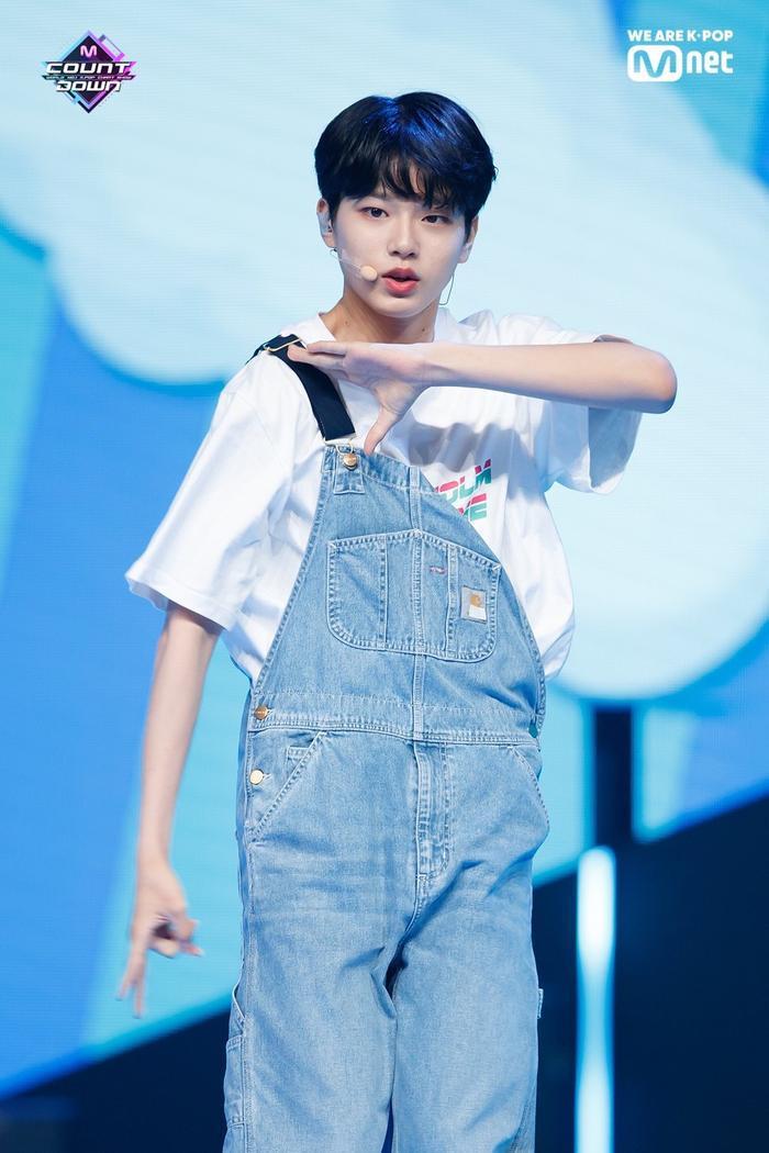 Lee Jin Woo.