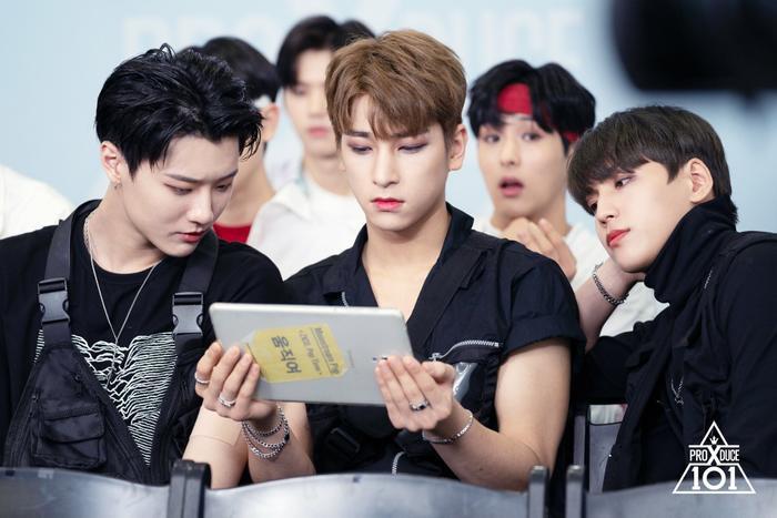 Gương mặt chăm chú của Jo Seung Yeon, Lee Han Kyul và Kim Kook Heon.