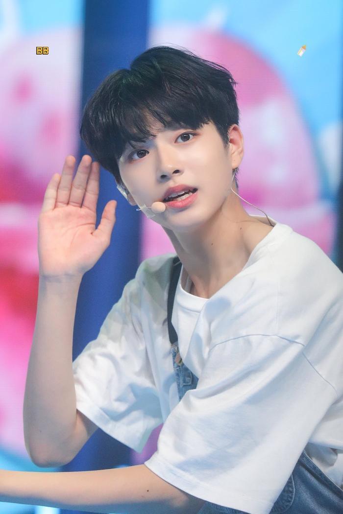 Loại trước vòng chung kết Produce X 101, Lee Jin Woo gửi tâm thư: Em rất buồn và đau nhói khi nói tạm biệt ảnh 6