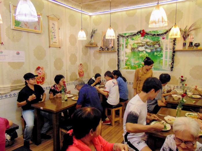 Mãn Tự Vegan – quán buffet chay độc đáo giữa lòng Sài Gòn.