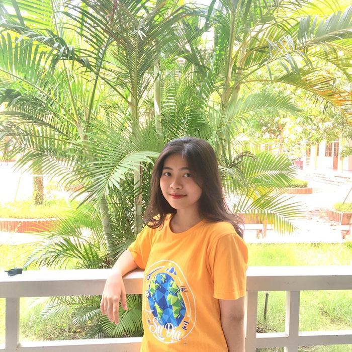 Để chuẩn bị tốt cho kỳ thi, Thơ Trang bắt đầu ôn thi từ năm lớp 11 để nắm vững kiến thức.
