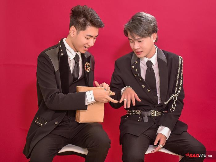 Thách bạn nhịn cười: Jack và K-ICM diễn full thoại trong MV Sóng gió với thần thái hài hước không đỡ nổi! ảnh 4