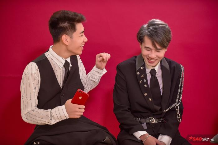 Hai anh chàng chia sẻ việc thành quả lao động được khán giả công nhận là một hạnh phúc với mình.