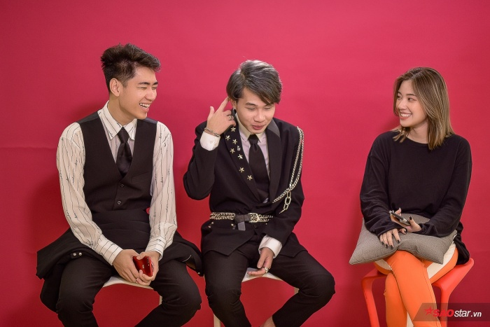 Thách bạn nhịn cười: Jack và K-ICM diễn full thoại trong MV Sóng gió với thần thái hài hước không đỡ nổi! ảnh 1