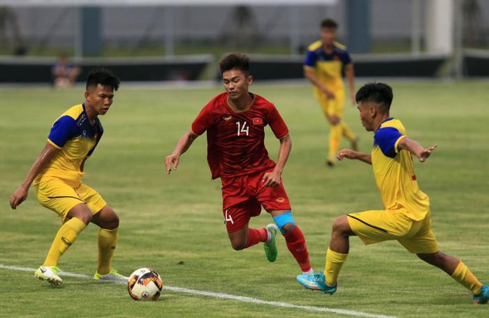 U18 Việt Nam sẽ gặp U18 Thái Lan ở bảng A vòng chung kết U18 Đông Nam Á 2019.