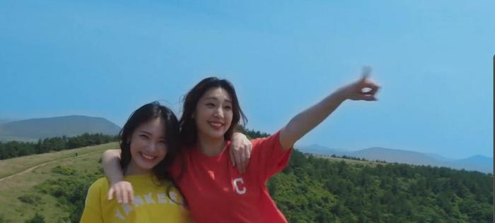 Cabinet từ Hyomin (T-ara) và JustaTee lên sóng, cơn bão mùa hè chính thức đổ bộ ảnh 2