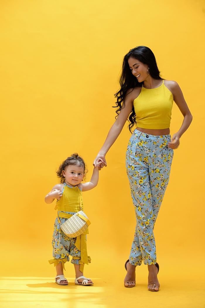 Siêu mẫu Như Vân lần đầu tiên khoe 2 cô con gái cưng xinh đẹp ảnh 8