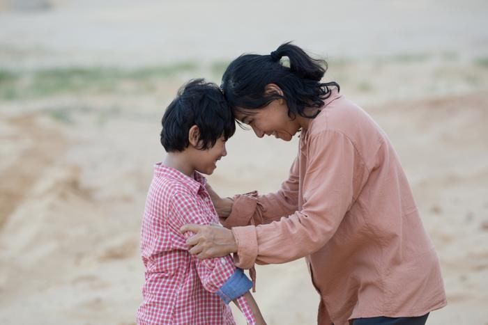 """Cát Phượng kể chuyện người mẹ nuôi con tự kỷ trong """"Hạnh phúc của mẹ""""."""