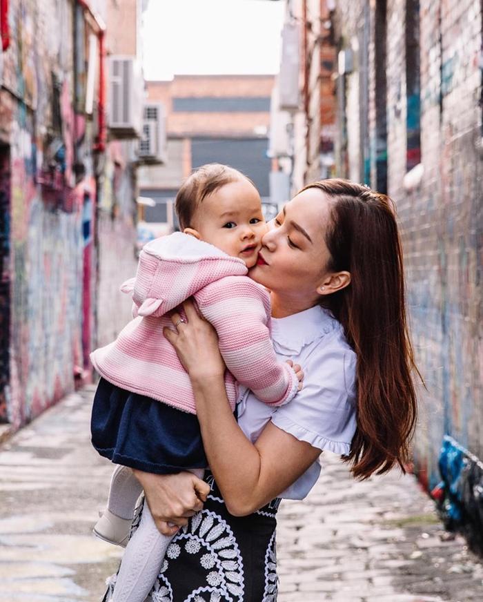 Lan Phương cùng con gái cưng Lina của mình