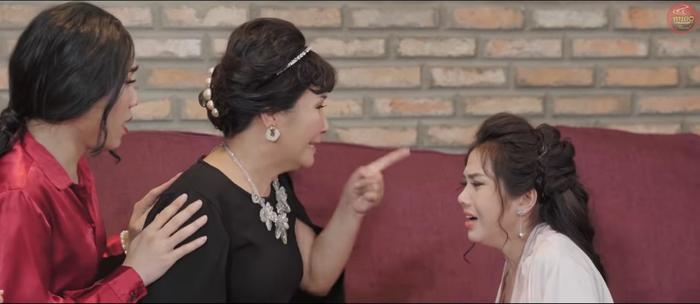 Thư (Về Nhà Đi Con) có thân thế quá khủng: Con gái Lương Bổng, con dâu Phan Quân, em ruột My Sói - dễ gì bị tiểu tam bắt nạt?