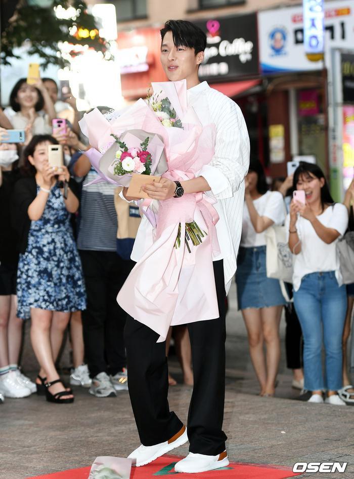 Jang Ki Yong bảnh trai.