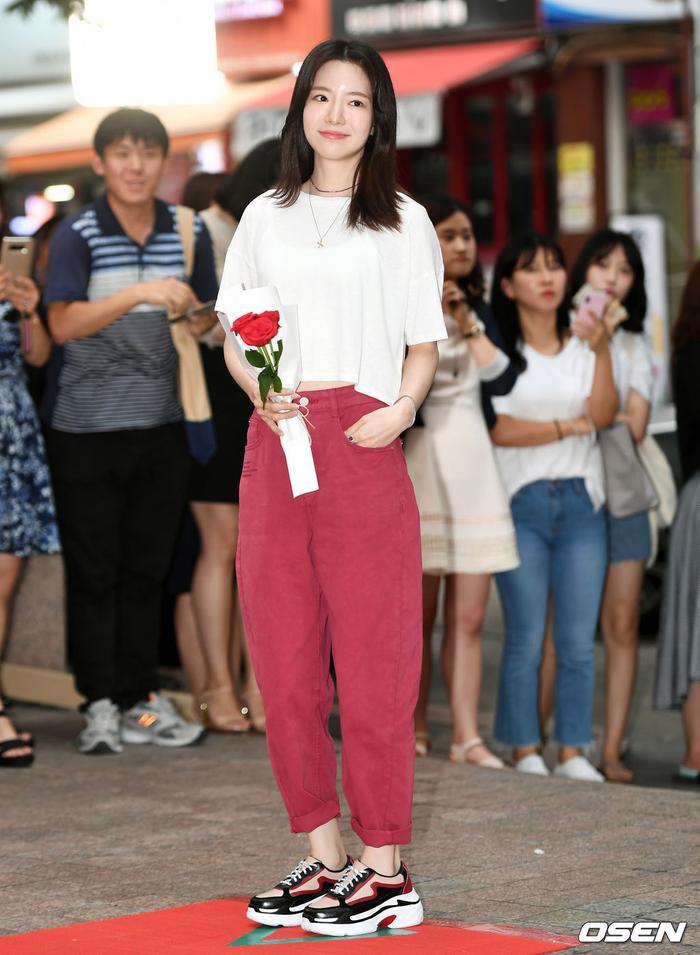 Ha Seung Ri.