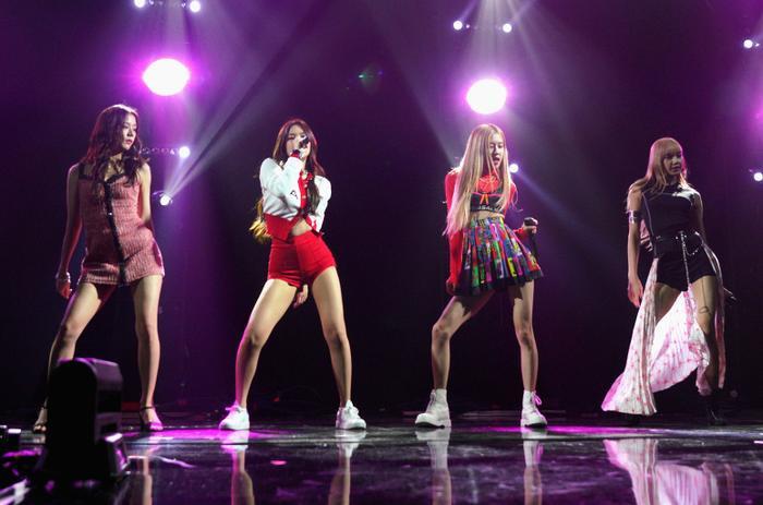 BLACKPINK đang dần trở thành nhóm nhạc nữ lớn nhất Hàn Quốc? ảnh 1