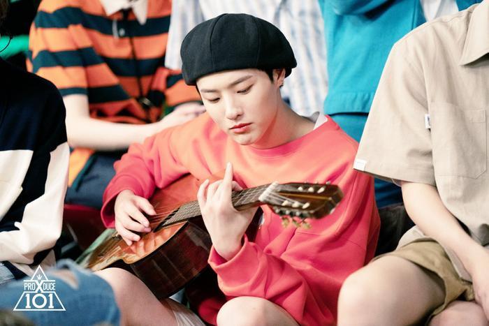 Cho Seung Yeon.