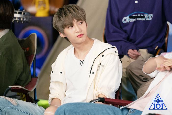Lee Jin Hyuk.