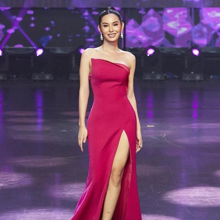 Được tổ chức lần đầu vào năm 1998, cho đến nay, Miss Tiffany's Universe đã trở thành một sân chơi uy tín dành cho những người đẹp chuyển giới từ 18-25 tuổi ở Thái Lan.
