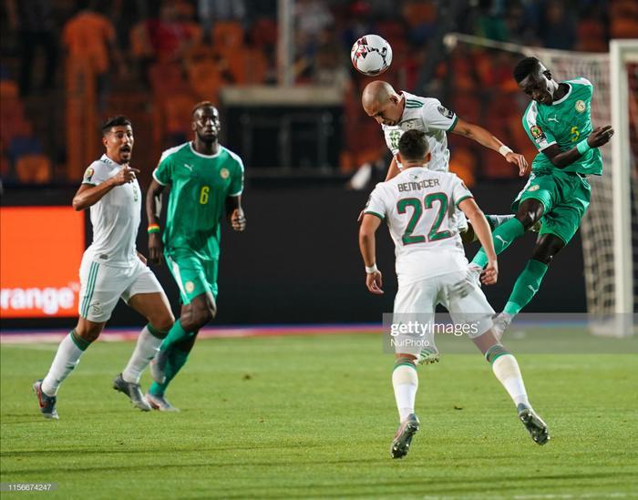 Trong khi đó Senegal còn chưa có một lần vô địch CAN nào, thành tích tốt nhất của họ chỉ là ngôi Á quân vào năm 2002. Chính vì những sự chờ đợi mòn mỏi ấy khiến trận chung kết năm nay trở nên nóng hơn bao giờ hết.