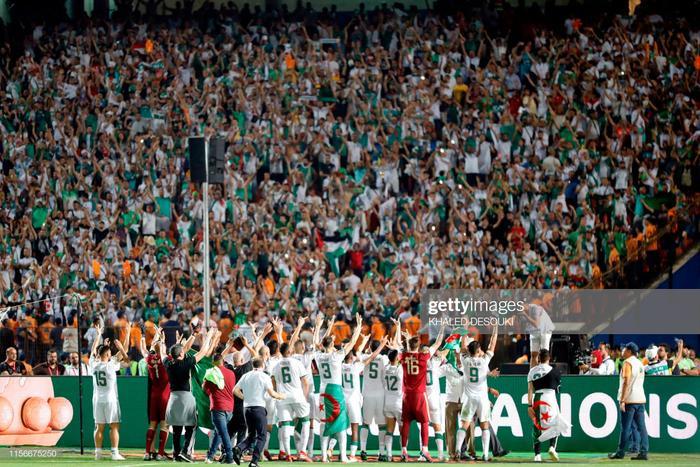 Thống kê cho thấy Algeria phạm tới 32 lỗi khác nhau trong 90 phút. Tuy nhiên điều đó chẳng khiến họ bận tâm, bởi Algeria đã khiến Senegal bất lực trong việc tìm bàn gỡ.