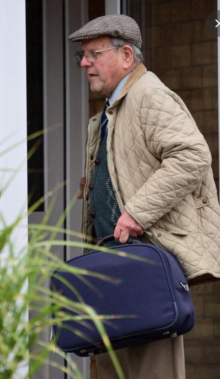 Ông David, 86 tuổi, đã dọn ra khỏi căn nhà tại Kempsey và chuyển đến sống tại một căn nhà khác gần đó. (Nguồn:SWNS:South West News Service)