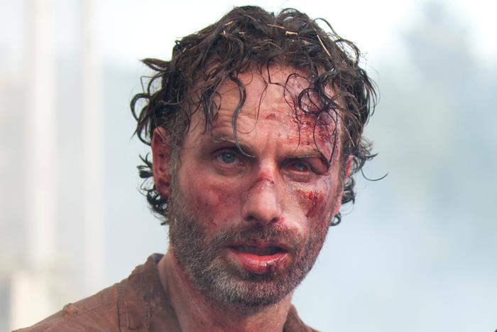 Teaser bộ phim The Walking Dead đầu tiên tiết lộ những gì sẽ xảy đến với Rick Grimes ảnh 1