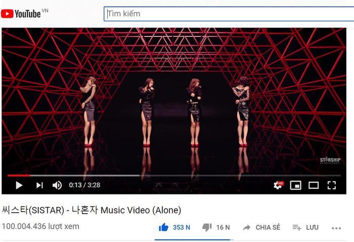 MV Alone của Sistar đã chính thức cán mốc 100 triệu views sau hơn 7 năm ra mắt.