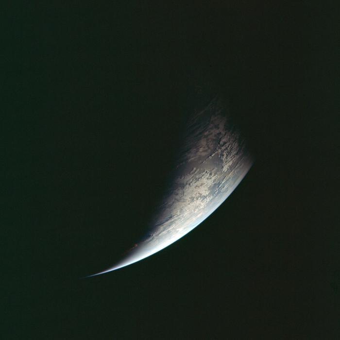 Hình ảnh trái đất được chụp lại trong hành trình trở về của Apollo 11.