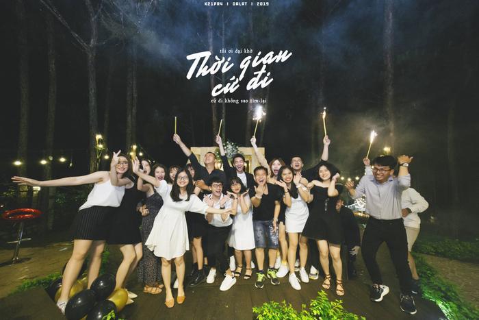 Kết thúc cuộc hành trình, biết bao cảm xúc của thời sinh viên, của những ngày tại Đà Lạt sẽ được gửi trọn vào bộ ảnh này. Chúc cho tất cả các bạn sinh viên sẽ luôn giữ mãi tình bạn vô cùng tươi đẹp này nhé!