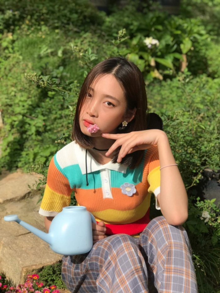 Juky San ra mắt sản phẩm mới với tên gọi Có một người ở đâu đó trong thành phố, cô nàng mạnh dạn thử sức với dòng nhạc pop rock sôi động và cá tính hơn.