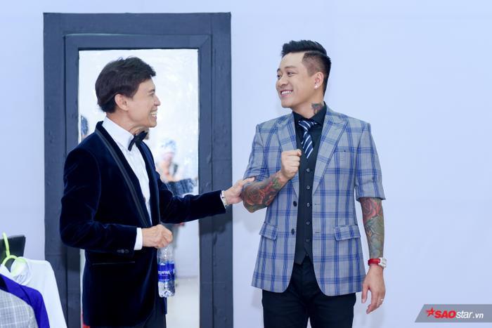 HOT: Hoàng Đức Thịnh  Team Tuấn Ngọc đăng quang quán quân The Voice 2019! ảnh 0