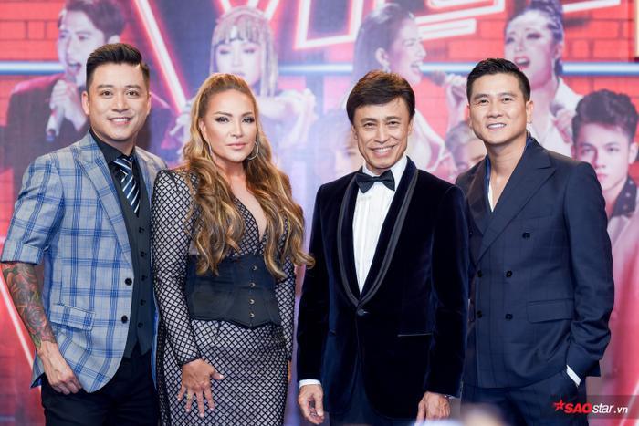 HOT: Hoàng Đức Thịnh  Team Tuấn Ngọc đăng quang quán quân The Voice 2019! ảnh 1