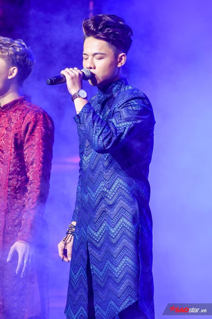 HOT: Hoàng Đức Thịnh  Team Tuấn Ngọc đăng quang quán quân The Voice 2019! ảnh 16