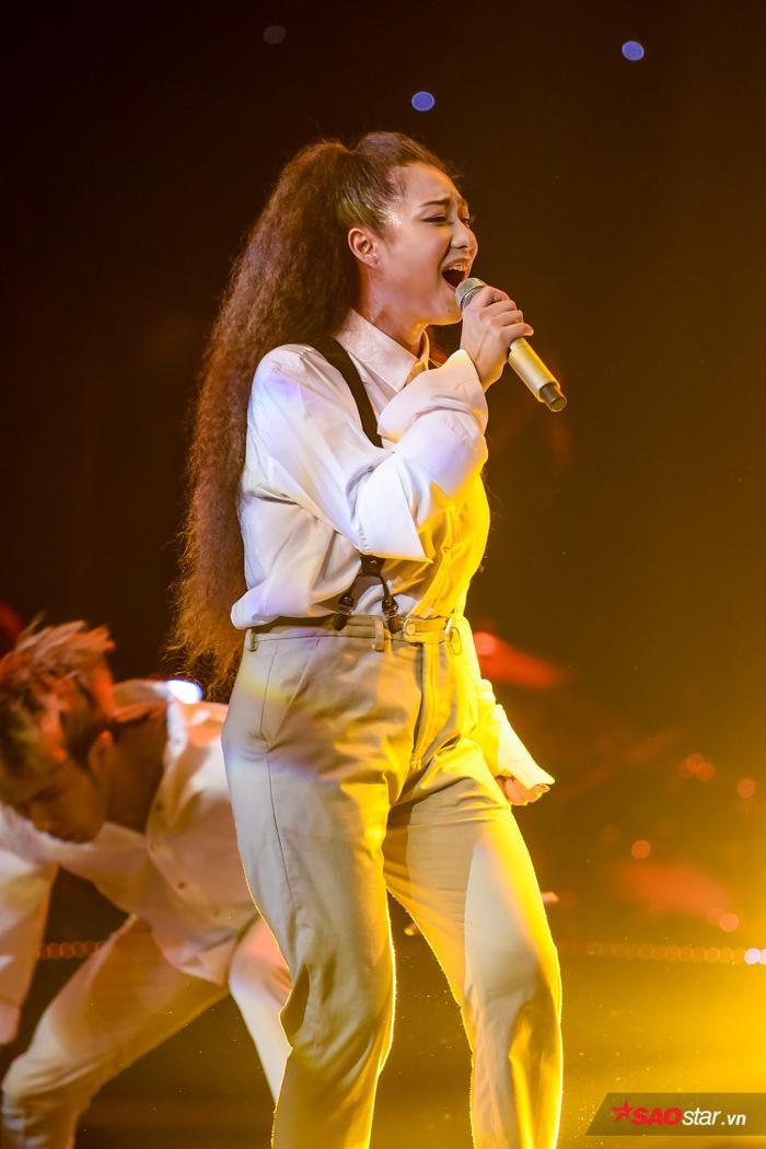 HOT: Hoàng Đức Thịnh  Team Tuấn Ngọc đăng quang quán quân The Voice 2019! ảnh 23