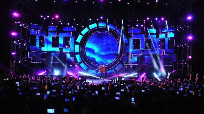 Sự xuất hiện của Noo khiến cho hàng nghìn khán giả có mặt trở nên phấn khích hơn bao giờ hết.